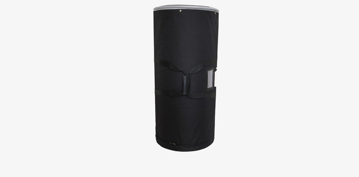 Panel Case is available as an optional accessory. The panels are well protected in a padded nylon bag with carrying handle. Diameter 360 mm.