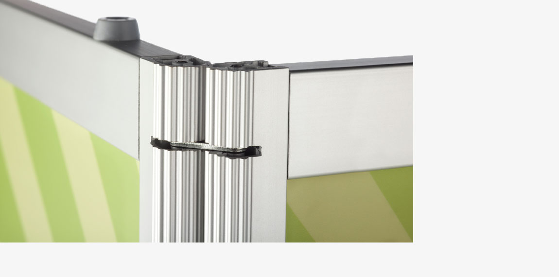 Smart hinges make it very easy to fold and unfold the counter.