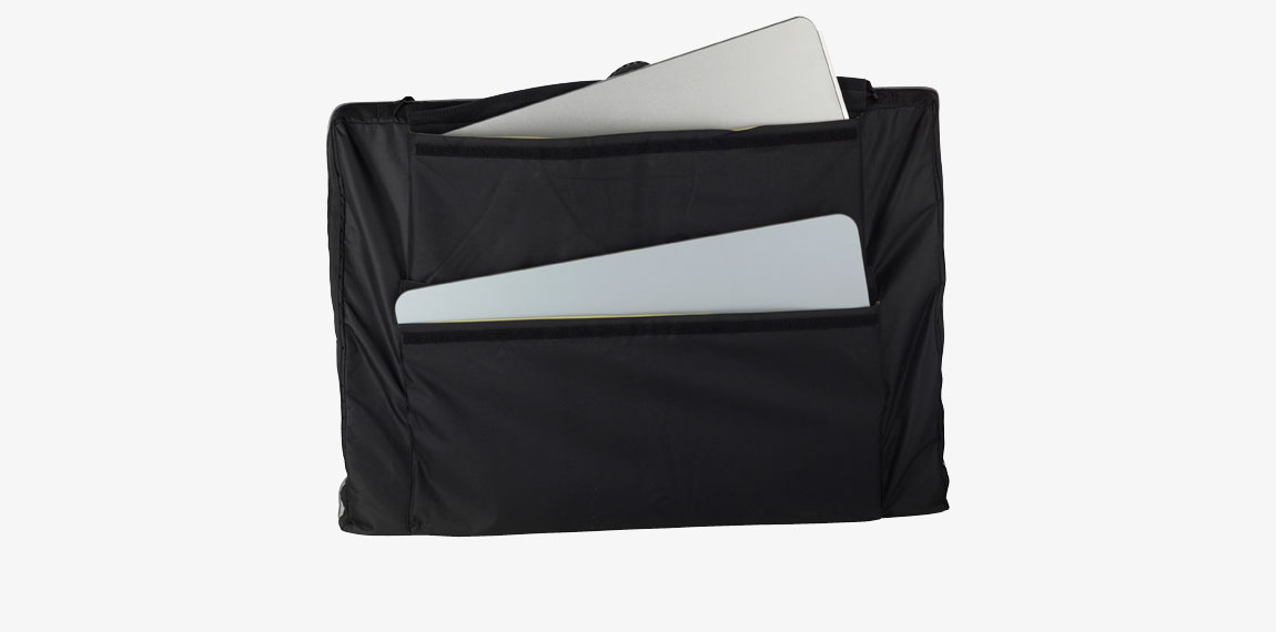 Stand Up info counter in one package with the shelves well protected in separate pockets.